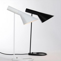 Arne Jacobsen Desk lamp