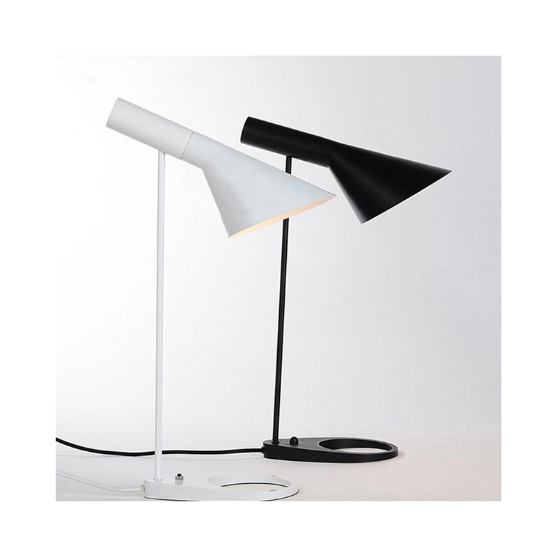 Jacobsen lampe de table